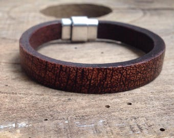 Men's Cuff Bracelet, Antique Brown Eco Leather, Magnetic Silver Clasp, Cool and Eatthy
