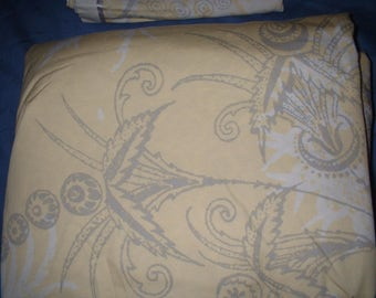 King Duvet and 2 Shams MINT from Bloomingdales 100% Cotton Yellow Grey White