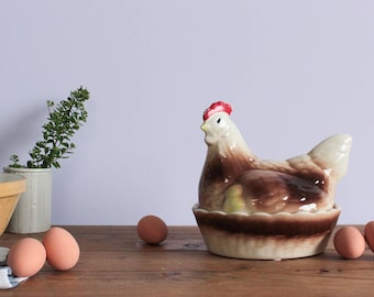 Vintage Ceramic Traditional Hen Basket Egg Holder