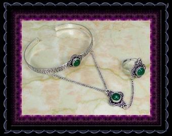 Clearance..!! Green Onyx Stylized Slave Bracelet