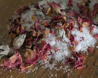 Rose Bath Salts/Mineral/Detox/Skin Nourishing & Soothing/Relaxing/Stress Relief/Mood Enhancer