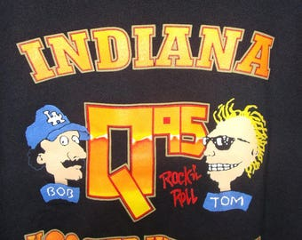 Vintage Bob and Tom Q95 Sweatshirt