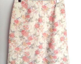 90s Beautiful Floral Lace Midi Pencil Skirt size 10