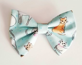 Kitty hair bow