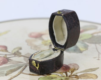 Antique Ring Box  Engagement or Wedding Ring Box Vintage Ring Box