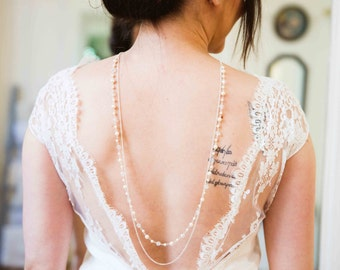 Necklace of very dressed up and glamorous back - swarovski crystal beads - wedding jewelry