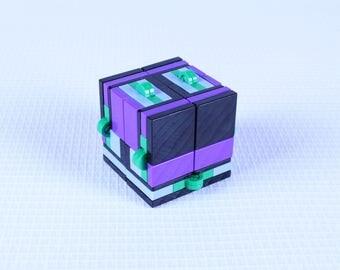 Magic Folding Fidget Cube Built with LEGO Bricks