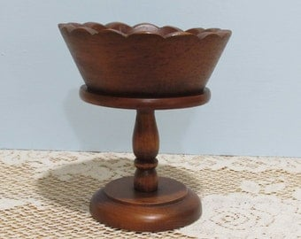 Wooden Pedestal Bowl ~ Small Wooden Fruit Bowl ~  Cottage Décor ~ Key/Coin Catch All ~ Country Home ~ Beach Cottage