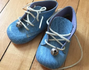 Vintage 1970s Baby Infant Boys Girls Blue Soft Sole Crib Shoes with Bells!