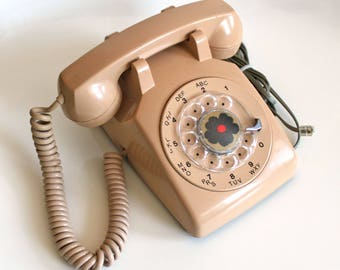 Classic Vintage Rotary Telephone