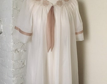 Vintage Ivory Sheer Lounge Slip On Nightgown One Size