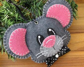 Wool Felt Mouse Ornament Hanger In Smoke Gray