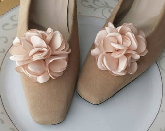 Wedding Shoe Clips, Blush, Pink, Custom Bridal Shoe Accessory, Photo Prop, Prom, Flower Girl, Bridesmaid Gift, Mother, Satin Rose Flowers