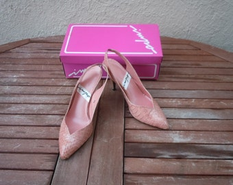 Size 8 B -- Peach 1980s Shoes in Original Box
