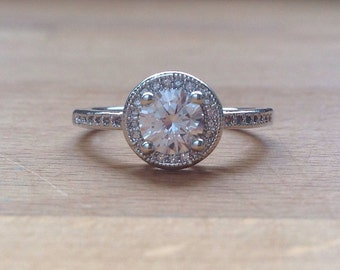 Round-cut cubic zirconia sterling silver ring