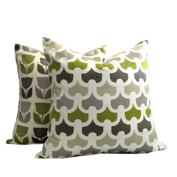 Scandinavian Chain Stitch Green Print Pillow Cover