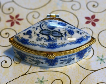 Vintage Hinged Porcelain Trinket/Jewelry Box with Blue Floral Design