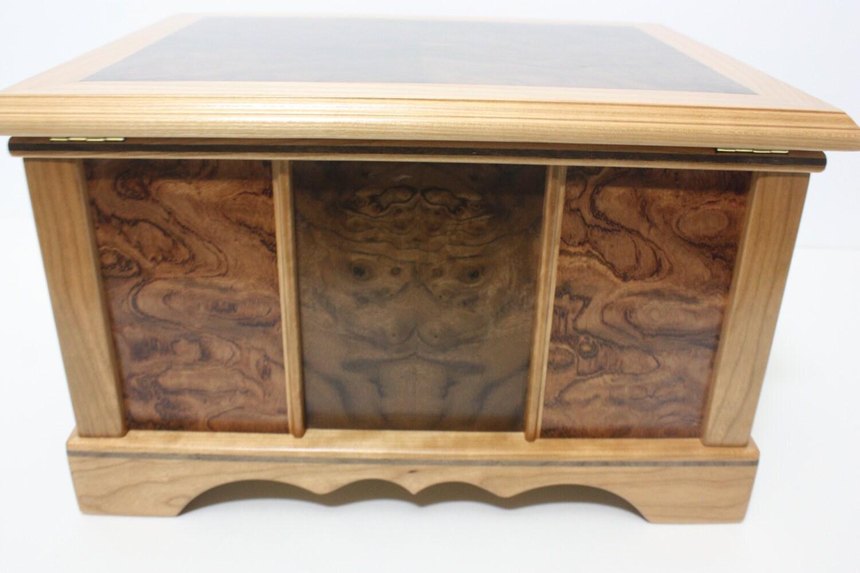Back of Handmade Locking Wood Stationary Box