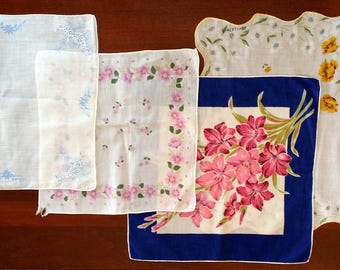 Vintage Ladies Handkerchiefs - Set of 7