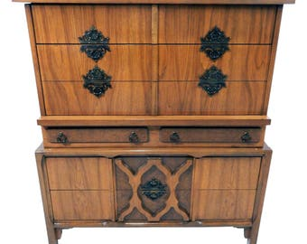 Rare Mid Century Modern Chest of Drawers/ Dresser w/ Moroccan Influence