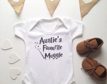 Auntie's Favourite Muggle Auntie Shirt  Auntie's Favorite Muggle Auntie Shirt Aunt Bodysuit Auntie Bodysuit Potter Baby Aunty Toddle Tee