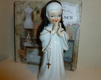 Vintage Porcelain Praying Nun Figurine 1960's