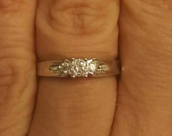 10k White Gold .15CTW Diamond Ring size 6.5