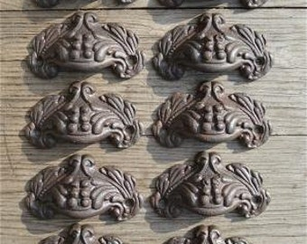 A set of 10 small Victorian style cast iron Acanthus drawer pulls AL8