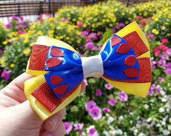 Disney inspired Snow White and the Seven Dwarfs bow