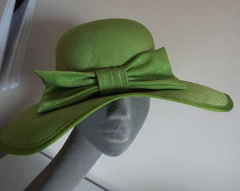 Ladies Large Brimmed Lime Green Velvety Material Hat with Large Bow and UNUSUAL Cut out design....Excellent