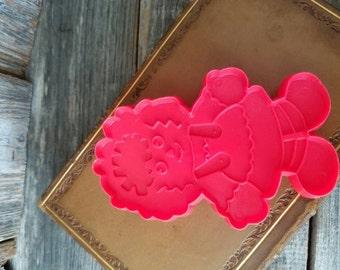 Retro Ragdoll Raggedy Ann Plastic Cookie Cutter, Vintage Baking