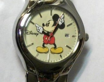 Disney Retired Ladies Mickey Mouse Watch! WITH DATE! Mickey Points To Time For You! Out of Production!