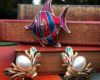 Mini Twin Insect pins snd Angel Fish brooch combo package