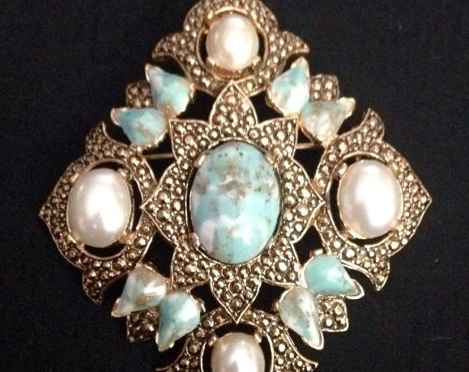 Storewide 25% Off SALE Vintage Sara Coventry Designer Signed Gold Tone Cocktail Brooch Set With Beautiful Robins Egg Opal Rhinestones And Fa
