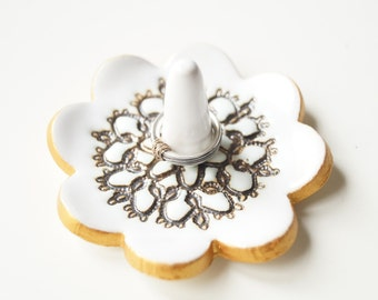 Ring Dish, Ring Holder, Lace Bowl, Wedding gift, jewelry organization