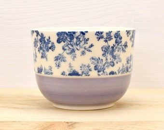 Lilac - Blue roses tea bowl