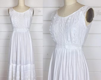 Vintage 1900s Edwardian Cotton Slip Dress / Sundress / Lace Bodice / Eyelet / Pintucked / Lawn Dress