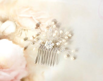 Bridal Pearl and Cubic Zirconia Hair Comb, Wedding comb, Wedding hairpiece, Ready to ship