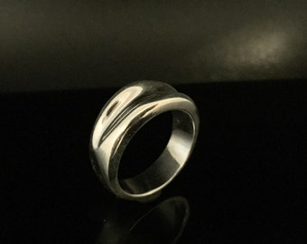 Ridged Band Silver Ring // 925 Sterling Silver // Hand Cast // Size 8