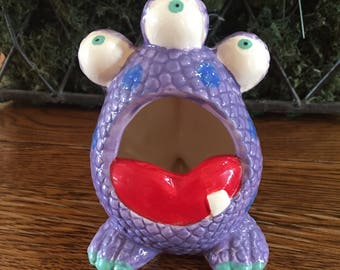 Ceramic Three Eyed Creature Scrubby Holder or Ashtray