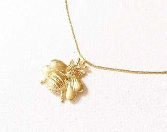 The Queen Bee Necklace, bee necklace