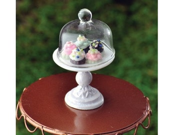 Cup Cakes On Pedestal