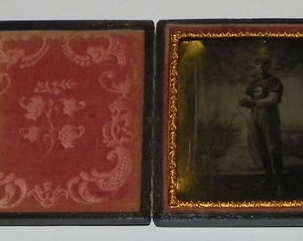 Antique 19th Century Baseball Player Tin Type Photograph in its original Union Case - Antique 19th Century Baseball Tin Type Photographs