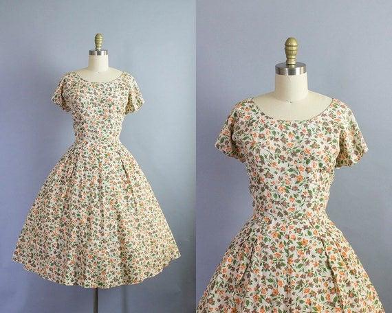 1950s floral dress/ 50s cotton novelty flowers short sleeve sundress/ medium