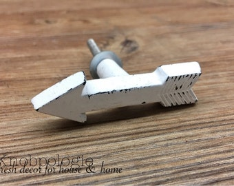 Mini White Distressed Arrow Knob - Arrow Drawer Pull Rustic Furniture Hardware - Native Tribal Western Indian Hunting Nursery Decor