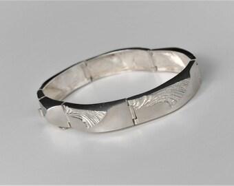 Matti J. Hyvärinen Sterling Silver Bracelet Sirokoru Finland 1978 Scandinavian Jewelry Nordic Style