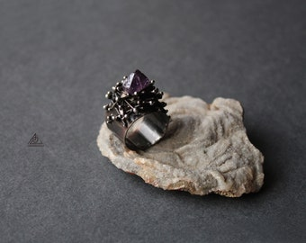 Tiffany ring with Amethyst crystal. Copper jewelry. Tin ring. Raw amethyst. Crystal statement ring. Original hand made ring. Gift for her