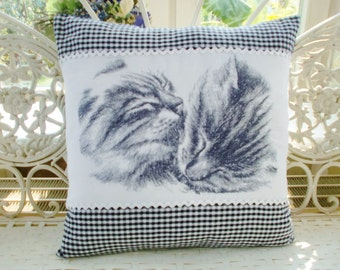 Pillowcase cat grey getiegert
