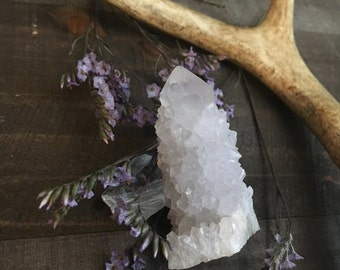 WHITE SPIRIT QUARTZ- physical healing - goddess - purity - reiki - crystal grids