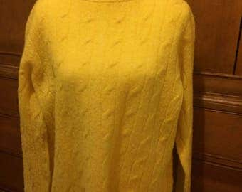 Vintage bright yellow cable knit pullover sweater